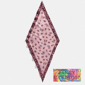 Coach Prairie Floral Print Silk Diamond Scarf🍇